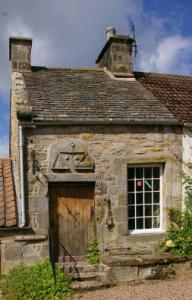 Weigh house